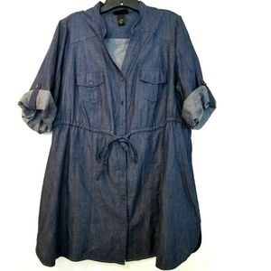 14/16 Lane Bryant Blue Chambray Button Up Shirt